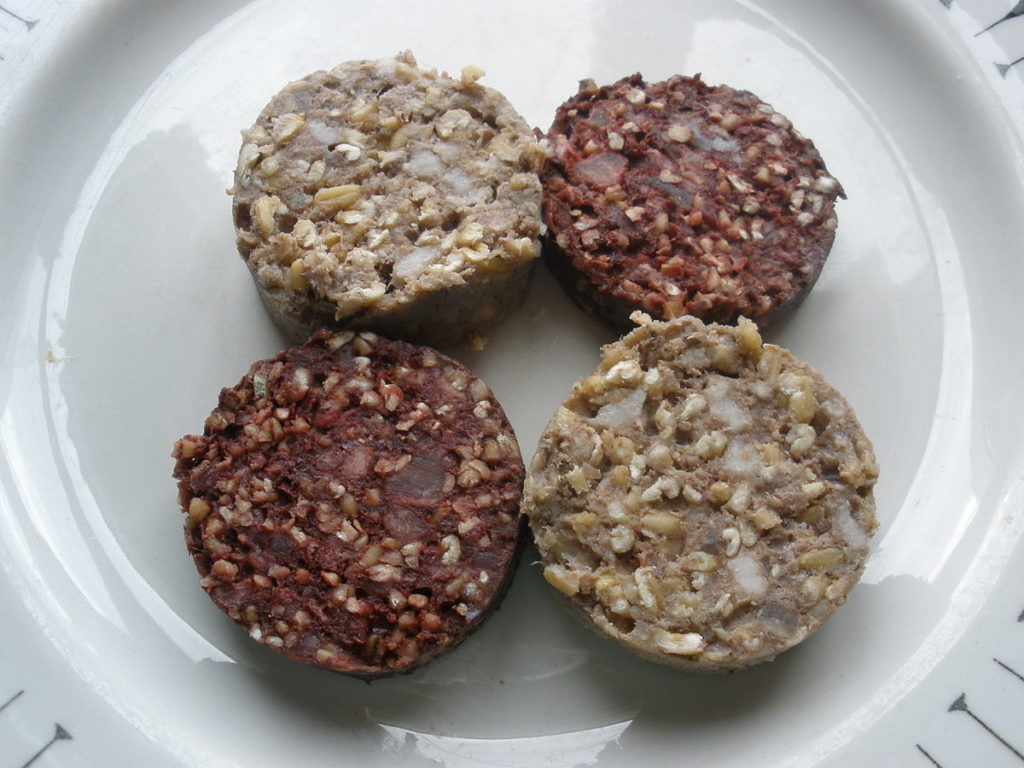 BLACK AND WHITE PUDDING